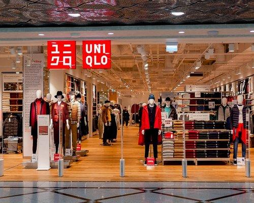Магазин Одежды Uniqlo