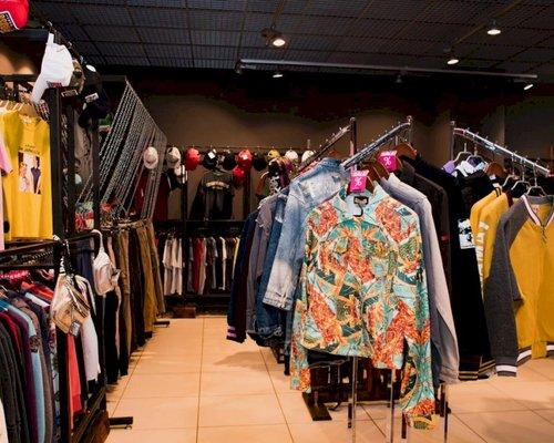 Магазины Одежды В Ауре Ярославль